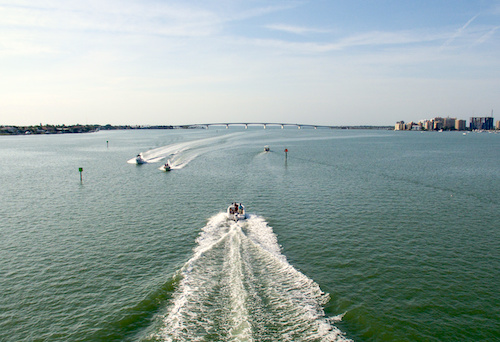 crowded waterways on memorial day