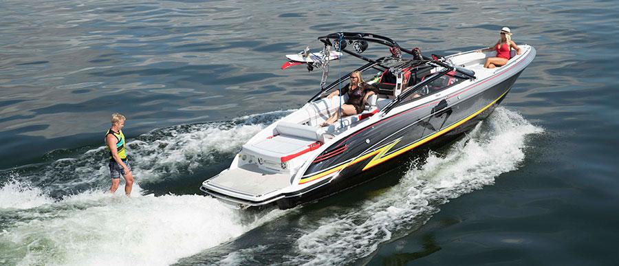a4c6fdb20443 270 XSwakeTMP Formula Boats