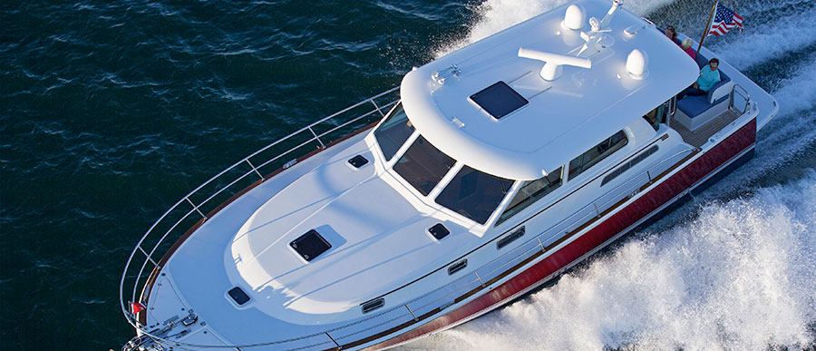 Motor Yachts | Power Cruiser Boats | Discover Boating