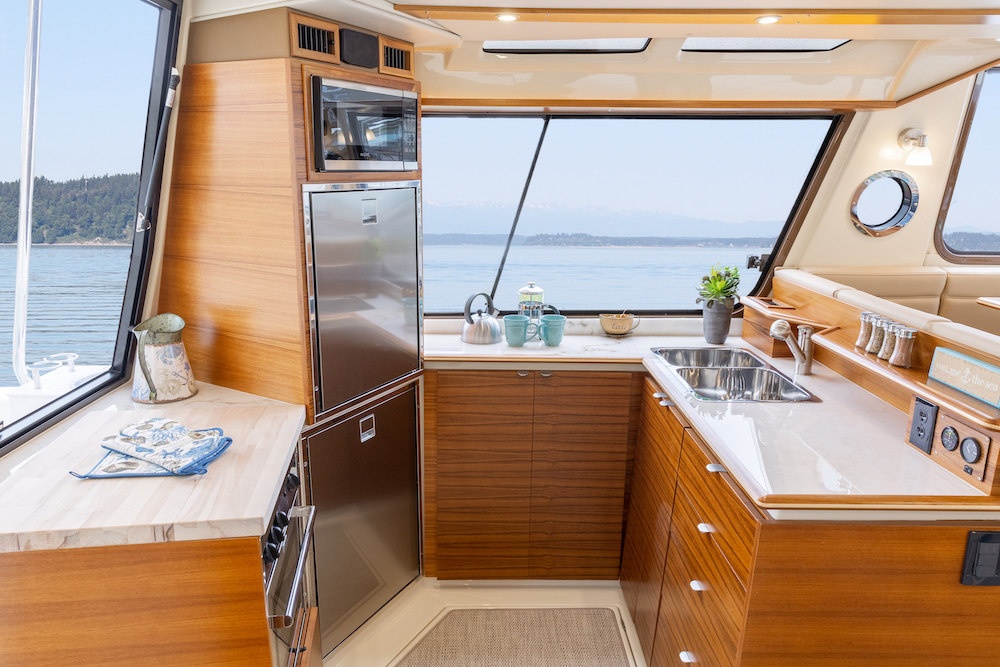 Boat Storage Ideas 10 Ways To Stay Organized Onboard Discover Boating