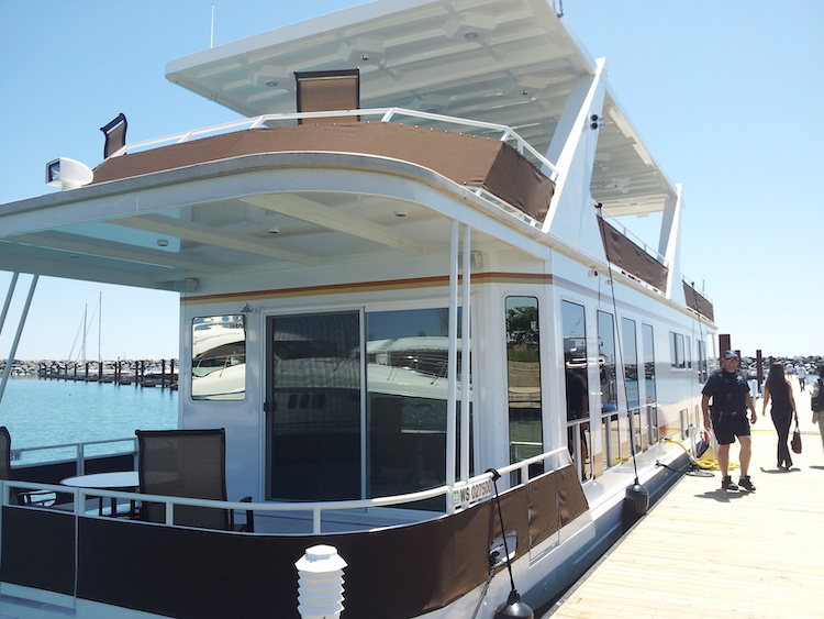 Houseboats & Houseboat Living | Discover Boating