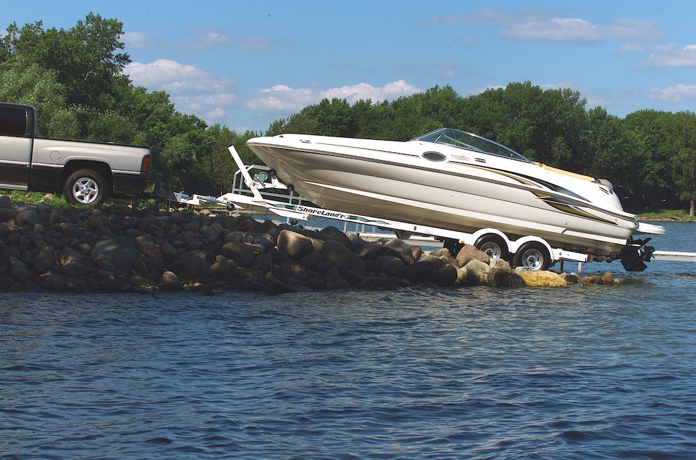 how to backup a trailer and launch a boat