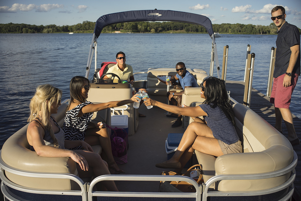 pontoon boats for entertaining