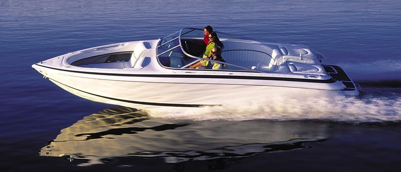 Bowrider discover boating for Bowrider boats with outboard motors