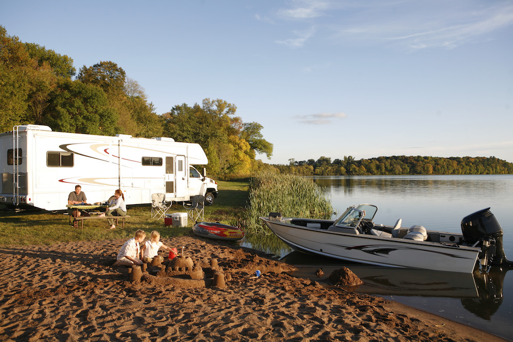 planning a boat camping vacation