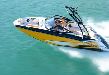 types of boats by manufacturer brand discover boating