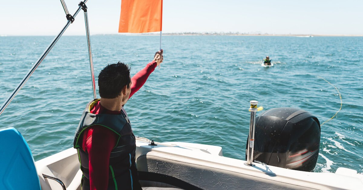 Safe Boating Tips | Discover Boating