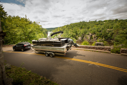 towing pontoon boat long distance