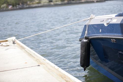 tying boat fenders